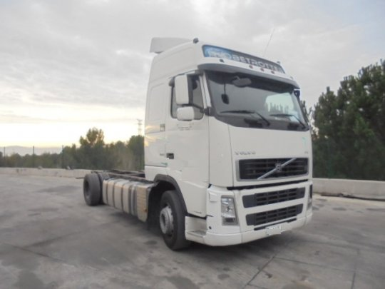 Chassis Volvo FH 400