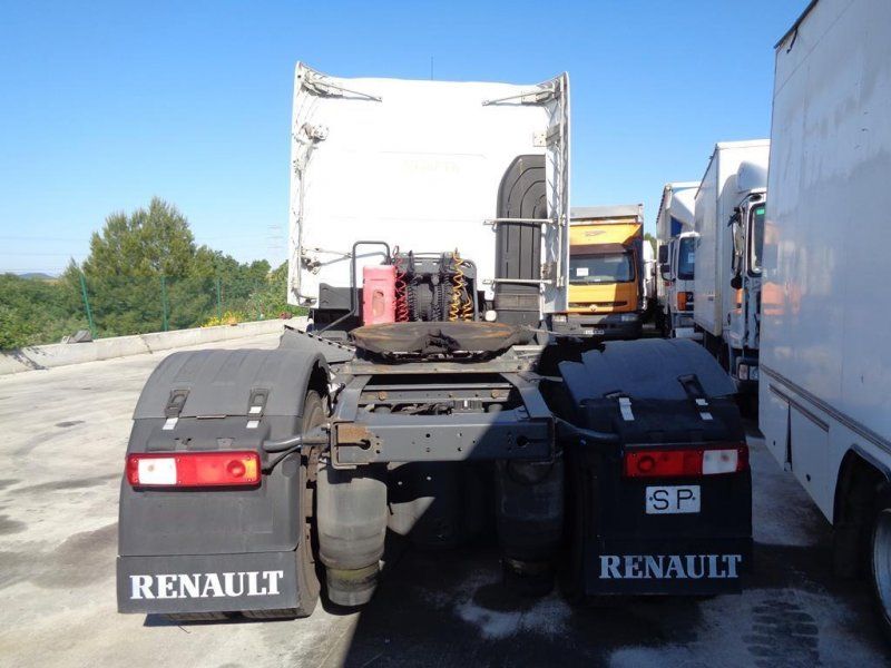 Tractora Renault Premium 450 dxi - 3