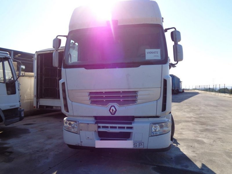Tractora Renault Premium 450 dxi - 5