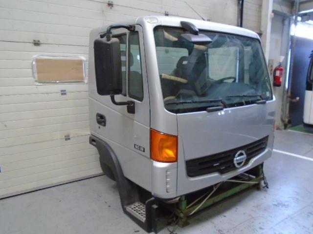 Cabina Corta-baja Nissan Atleon - 2